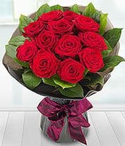 Handtied Bouquet of a Dozen Red Roses