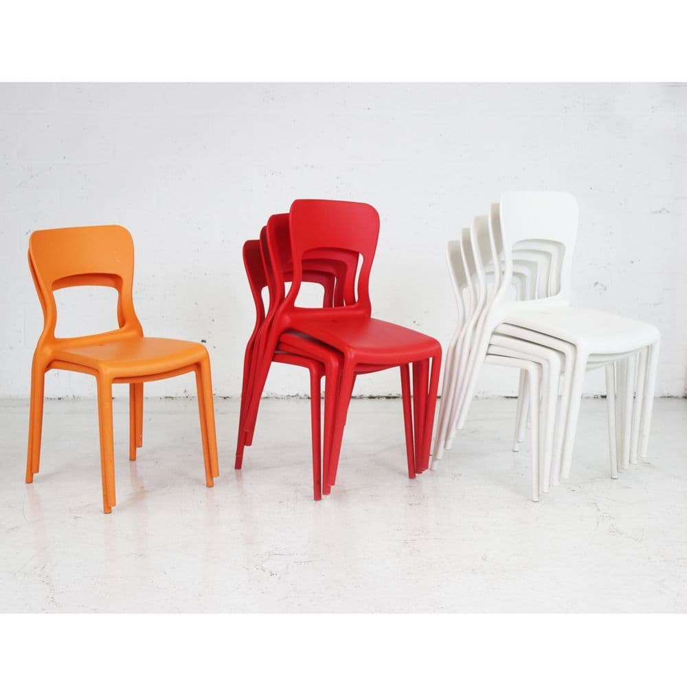 Modern Plastic Stacking chair| colourful chair | plastic bistro chair