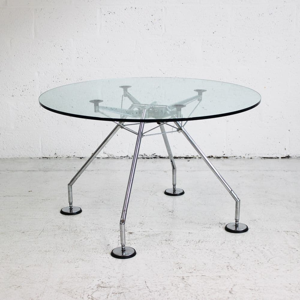 Original Glass Circular Nomos Meeting Table | round glass table | round tecno table