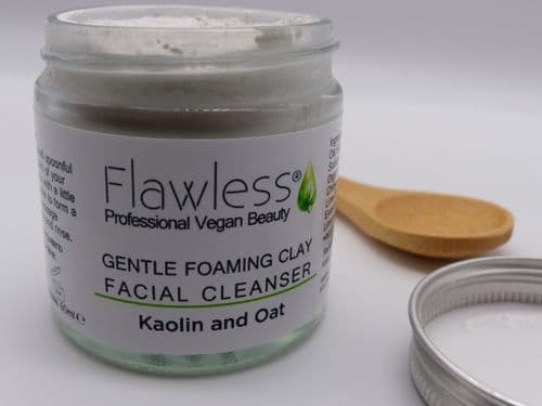 Flawless Gentle Foaming Clay Cleanser - With Bamboo Spoon