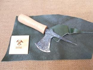medieval leatherworkers combination lunette  and awl