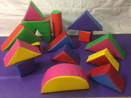 15 Piece Soft Play Set in a Bag MULTI COLOURED