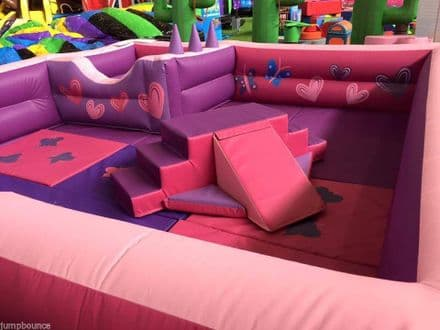 SOFT PLAY Surround with Ball Pond Princess Theme