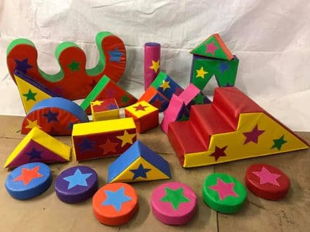 STAR Applique Soft Play Set incl Slide,15 Set, Rocker and Stepping Stones