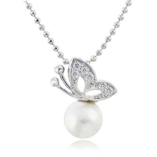 Fashion Beautiful Butterfly Pearl Pendant Chain Necklace