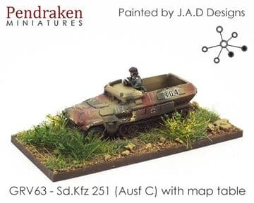<n>GRV63 </n>Sd.Kfz 251 (Ausf B) with map table and officer