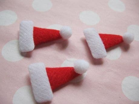 10 x 17MM XMAS FELT SANTA HATS APPLIQUE HEADBANDS HAIR BOWS CARD MAKING PLAQUES