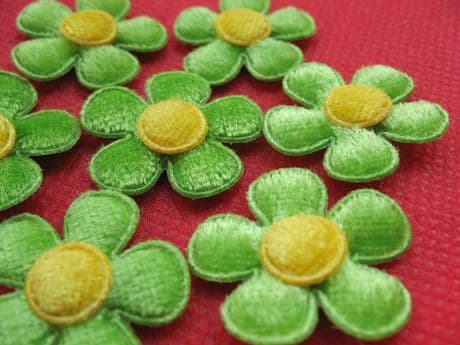 10x 1 INCH FELT GREEN DAISY FLOWER EMBELLISHMENTS HEADBANDS CARD MAKING