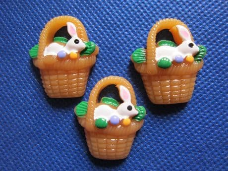 5 X EASTER BUNNY IN BASKET 28MM FLAT BACK RESIN EMBELLISHMENTS BOWS HEADBAND CARD MAKING