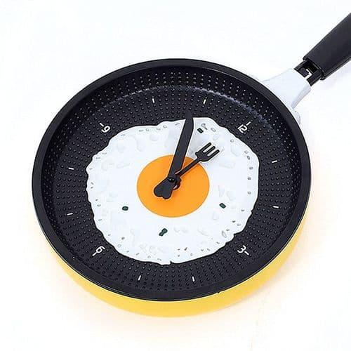 Horloge Murale Quartz en forme de Poêle Décoration Cuisine Maison YE