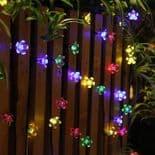 Lampe Guirlande 20 LED Lumière Décoration Cordon 4.8m Panneau Solaire Fleurs