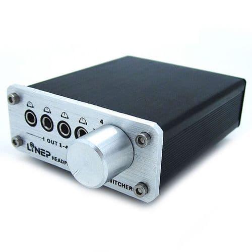 Adaptateur Commutateur Sélecteur 4 Entrées/Sorties mini-jack 3,5mm Audio A985
