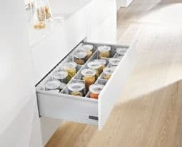 Blum. Pre-Built TANDEMBOX plus BLUMOTION high fronted pull-out, height D (224 mm), 50 kg, NL=500 mm, longside gallery rails with Doublewall BOXSIDES.