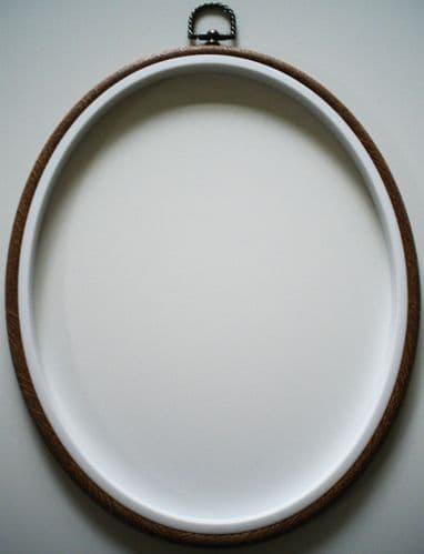 "8"" x 10"" OVAL Woodgrain Effect Flexi Hoop/Frame"