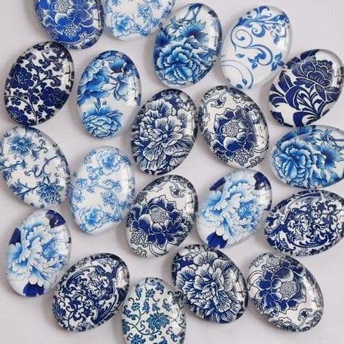 Blue and White Glass Cabochon Dome 18x25mm Oval Needle Minder