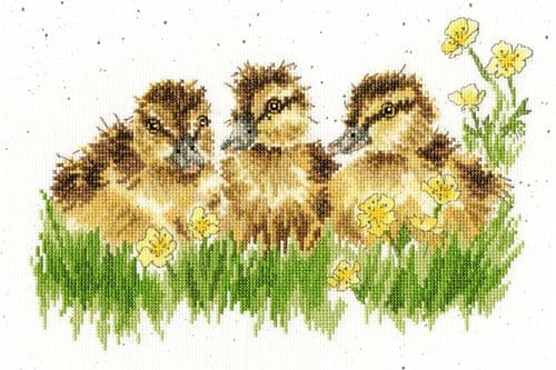 Bothy Threads Buttercup - Hannah Dale cross stitch kit