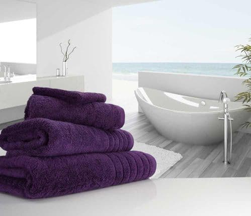 Luxurious linenHall, 650gsm Bath Sheet in Aubergine