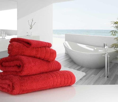 Luxurious linenHall, 650gsm Bath Towel in Cherry