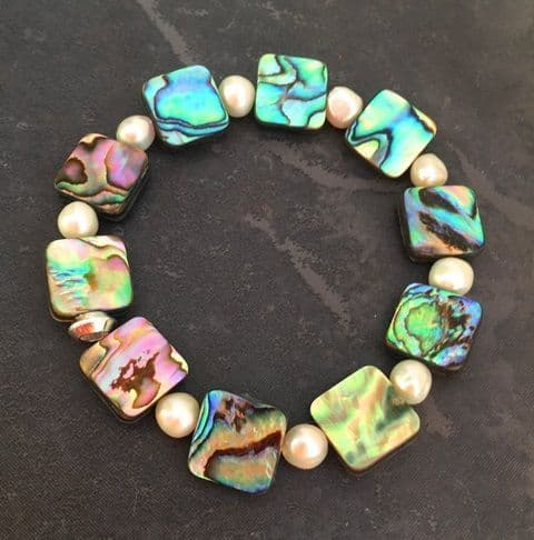 CUSTOMISABLE: Bracelet - Paua & Freshwater Pearls - PB02-P
